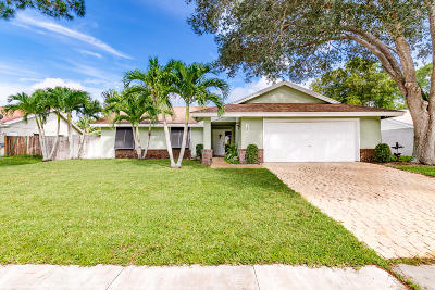 Royal Palm Beach Single Family Home For Sale: 130 Sevilla Avenue