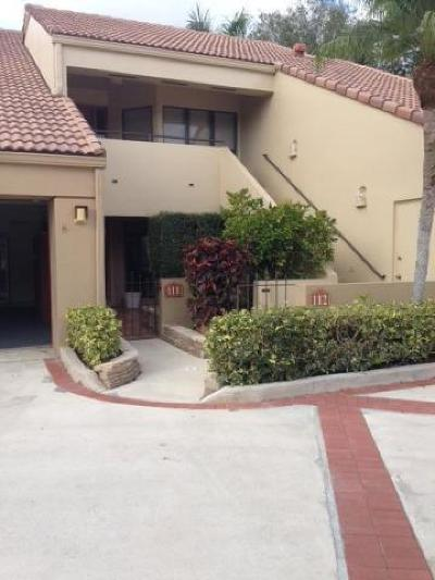 Palm Beach Gardens Condo Contingent: 111 Waterview Drive #1110
