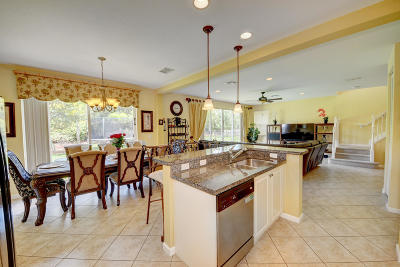 Port Saint Lucie Single Family Home For Sale: 11280 SW Barton Way