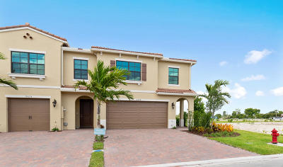 Boca Raton Townhouse For Sale: 9478 Glider Way #176