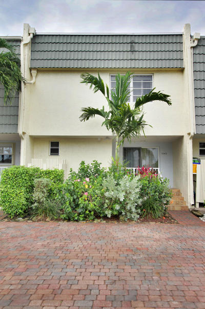 Boca Cove, Boca Covedelray -By-The Sea Rental For Rent: 1040 Russell Drive