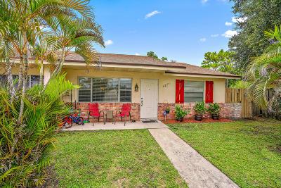 Palm Beach Gardens Townhouse For Sale: 4871 Brady Lane