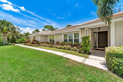 Lake Worth Single Family Home For Sale: 9468 Spanish Moss Road W