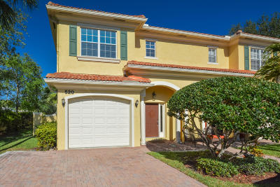 North Palm Beach Townhouse For Sale: 520 Marbella Circle #520