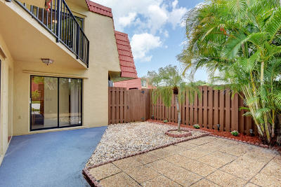 Boca Raton Townhouse For Sale: 22922 Oxford Place #C
