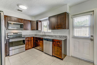 Jupiter Townhouse For Sale: 6254 Riverwalk Lane #8