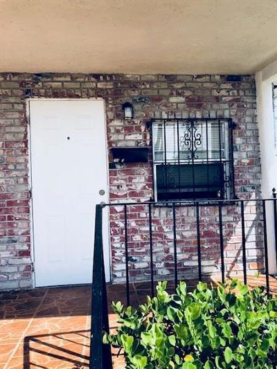 Pompano Beach Multi Family Home For Sale: 700 NW 9th Avenue