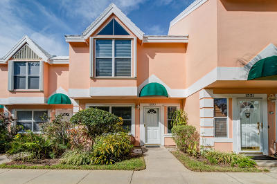 Vero Beach Condo For Sale: 1553 Coral Oak Lane #1802