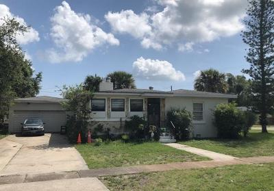 Fort Pierce Single Family Home For Auction: 702 Parkway Drive