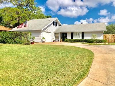 Stuart Single Family Home For Sale: 253 SE Villas Street