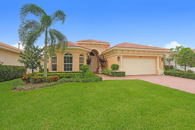 Jupiter Single Family Home For Sale: 160 Carina Drive