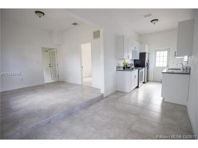 Miami Multi Family Home For Sale: 18500 NE 1 St Court