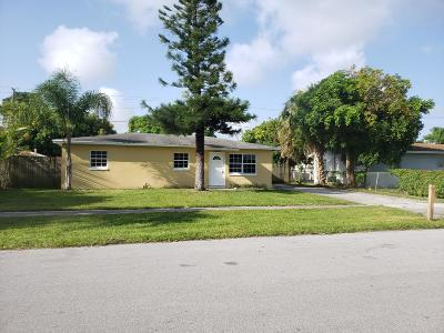 West Palm Beach Single Family Home For Sale: 4898 Springfield Drive