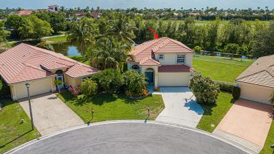 Palm Beach County Single Family Home For Sale: 1711 Lakefield North Court