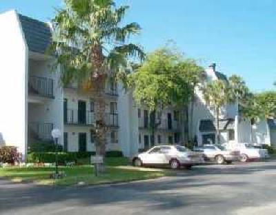 Lake Worth Condo For Sale: 4363 Trevi Court #302