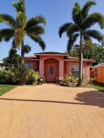 Boynton Beach Single Family Home For Sale: 404 NE 13th Avenue