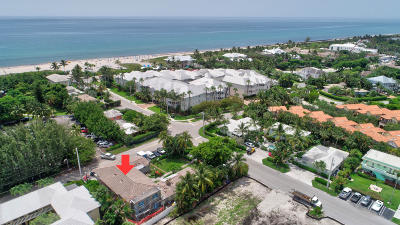 Delray Beach Condo For Sale: 1025 Casuarina Road #4