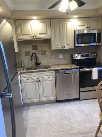 Boca Raton Condo For Sale: 400 NE 20th Street #B208