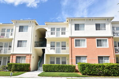 West Palm Beach Condo For Sale: 9845 Baywinds Drive #6306