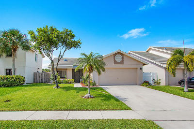 Lake Worth Single Family Home For Sale: 6088 Strawberry Fields Way