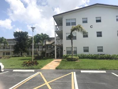 Boca Raton FL Condo For Sale: $45,000