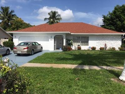 West Palm Beach Single Family Home For Sale: 1401 Scottsdale Road W