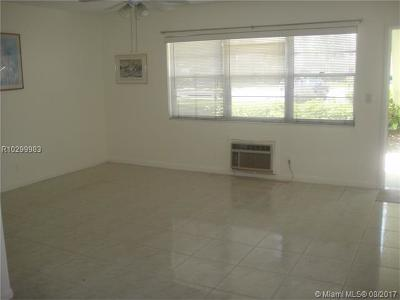 West Palm Beach Condo For Sale: 50 Norwich C
