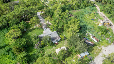 Lake Worth Single Family Home For Sale: 5845 Western Way