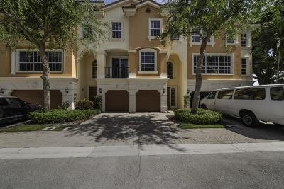 Boca Raton Townhouse For Sale: 604 NE Rossetti Lane