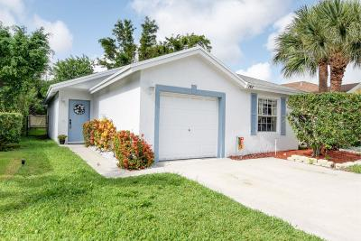 Single Family Home For Sale: 142 Buffet Key