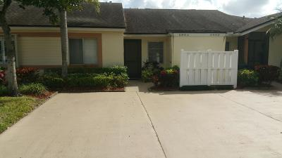 Boca Raton FL Single Family Home For Sale: $149,900