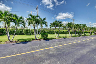 Delray Beach Condo For Sale: 200 Flanders E