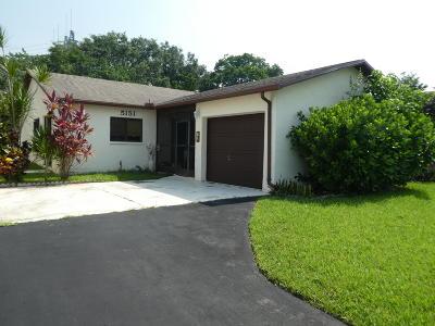 Boynton Beach Single Family Home For Sale: 5151 Mirror Lakes Boulevard