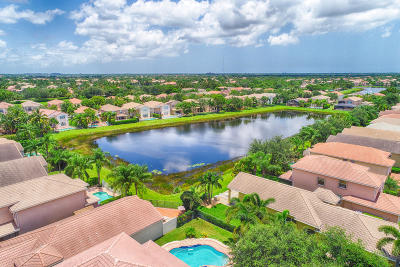 Boynton Beach Single Family Home For Sale: 8972 Briarwood Meadow Lane