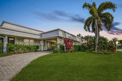 Atlantis Single Family Home For Sale: 392 Villa Drive S