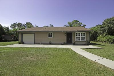 Fort Pierce Single Family Home For Sale: 8448 Andrews Avenue