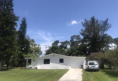 Jensen Beach Single Family Home For Sale: 1750 NW Sunset Boulevard