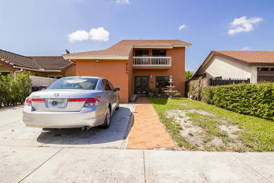 Miami Single Family Home For Sale: 9054 SW 6th Street