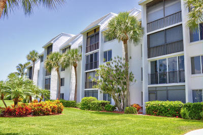 Fort Pierce Condo For Sale: 2400 S Ocean Drive #7332