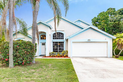 Royal Palm Beach Single Family Home For Sale: 108 Knights Court