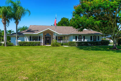 Stuart Single Family Home For Sale: 506 Woods Edge Trail