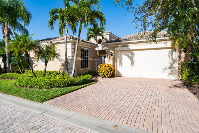 Vero Beach Single Family Home For Sale: 9335 W Maiden Court