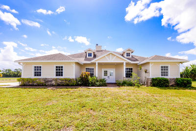 Port Saint Lucie Single Family Home For Sale: 17903 Bridle Way