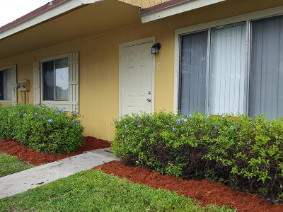 West Palm Beach Single Family Home For Sale: 4667 Orleans Court #C