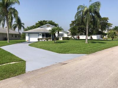 West Palm Beach Single Family Home For Sale: 5462 Mariesa Avenue