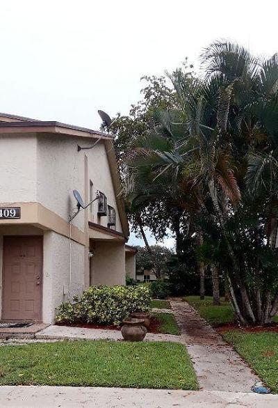 Pompano Beach Condo Contingent: 409 Gardens Drive #204