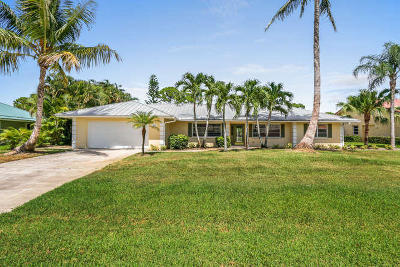 Stuart Single Family Home For Sale: 3921 SE Fairway W