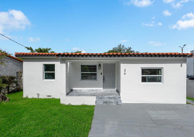Coral Gables Single Family Home For Sale: 26 SW 39 Court
