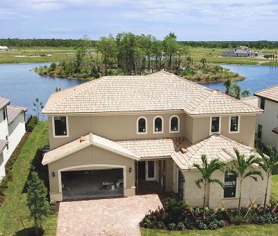 Jupiter Single Family Home For Sale: 137 Indigo River Point