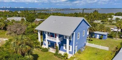 Jensen Beach Single Family Home For Sale: 3351 NE Skyline Drive